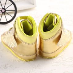 Golden Black Wings Cool Baby Boy Girl Toddler Crib Shoes - US$8.13