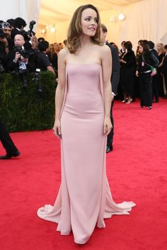The Met Gala's Jamesian Society - Slideshow - Rachel McAdams in Ralph Lauren Collection and Fred Leighton.