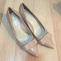 """Nine west indigo pink blow-tie shoes size7.5 Nine west indigo pink blow-tie shoes size7.5. Worn few time. 2.5 """" heel comfortable and so cute. Great condition. Please check picture Nine West Shoes Heels"""