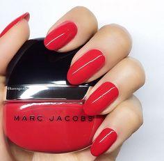 quenalbertini: Marc Jacobs Nail Polish via Marc Jacobs Nail Polish, Marc Jacobs Lola, G Nails, Manicures, Plain Nails, Colorful Nail Designs, Pinterest Pin, Nail File, Huda Beauty