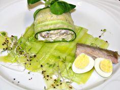 Makrela wędzona, jajka przepiórcze