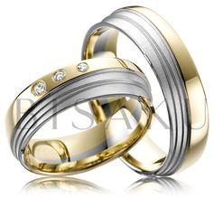 """A35 Přáli byste si na ruce hýčkat originální prsten? Líbí se vám, když jsou snubní prsteny tzv. """"něčím zajímavé""""? Představujeme velmi komfortní prstýnky v kombinaci žlutého a bílého zlata, které zaujmou stupňovitým designem a propracovaností detailu. Dámský prsten zdobí tři brilianty. #bisaku #wedding #rings #engagement #brilliant #svatba #snubni #prsteny"""