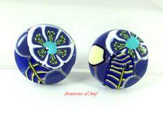 Lot de 2 boutons à coudre ronds 2.3 cm  bleus, fantaisie  à motifs. de la boutique BoutonsdAuj sur Etsy