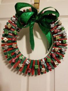 Easy and Fun DIY Christmas Decor Ideas on a Budget – Clothespin Wreath : Christmas clothespin wreath Christmas clothespin wreath Wreath Crafts, Diy Wreath, Christmas Projects, Holiday Crafts, Christmas Crafts, Christmas Decorations, Christmas Ornaments, Snowman Crafts, Clothespin Crafts