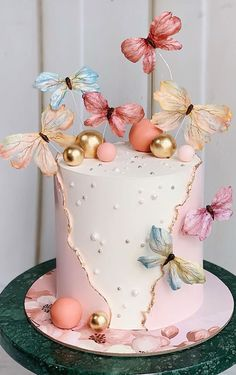 Fancy Birthday Cakes, Butterfly Birthday Cakes, Creative Birthday Cakes, Beautiful Birthday Cakes, Birthday Cakes For Women, Butterfly Cakes, Birthday Cake For Women Elegant, Birthday Cake Girls, Birthday Woman