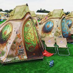 """Buenos días desde Dreamville! ☀️ #Dreamville #Tomorrowland #camping #festival #music #edm #goodmorning #madness #sun #belgium #happy #electronicmusic…"""