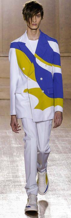 Alexander McQueen - Spring 2015