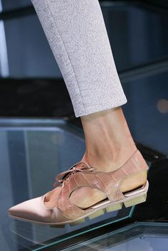 Balenciaga Spring 2015 Ready-to-Wear - Details - Gallery - Look 23 - Style.com