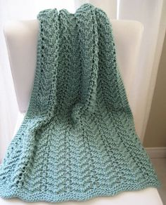 Easy Lacy Baby Blanket - Free Pattern