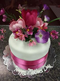 Mother's Day Cake: