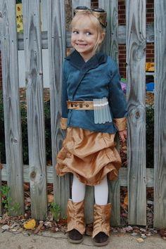 Steampunk alchemist costume by rsuehle, via Flickr