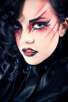 Really cool Makeup goth gothic make up Makeup Fx, Goth Makeup, Makeup Inspo, Makeup Inspiration, Beauty Makeup, Makeup Brush, Makeup Ideas, Maquillaje Halloween, Halloween Makeup