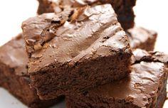 Speedy Brownies: 3 ingredients! 3/4 Nutella, 2 eggs, 1/3 cup flour. Preheat oven 350, bake 15 minutes