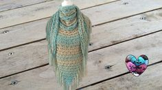 Lidia Crochet Tricot, the website where you buy your yarn, cotton and accessories. Lidia Crochet Tricot, Crochet Snood, Knitted Shawls, Crochet Minecraft, Broomstick Lace Crochet, Crochet Video, Crochet Shawls And Wraps, Crochet Woman, Couture
