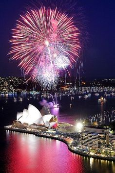 Australia - Sydney - Darling Harbour and Sydney Opera House - The sydney fireworks are the best as they kick off the new year first #travel #australia # SydneyOperaHouse #fireworks