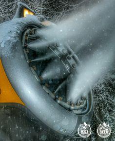 In action. No lack of snow in Kranjska Gora despite late winter. 😉 // V akciji, v Kr. Gori ne manjka snega za smuko, kljub pozni zimi. 😉  #kranjskagora #kranjska #kranjskasanjska #sanjskakranjska #skischool #skirental #ski #skiservice #winter #topoffer #Slovenija #slovenia #winterjoy #snb #skishop