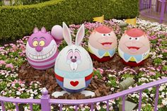 RADOSNYCH ŚWIĄT W DISNEYLANDZIE! Z okazji Wielkanocy w parku rozrywki Tokyo Disneyland w Japonii została zorganizowana specja...