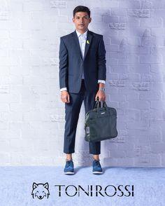 #mondaybluesnomore #mensfashionworld #bestoftheday #bespokeshoes #ootdman #menshoes #shoeporn #picoftheday #PhotoOftheDay #fashion #shoesph #shoesfortheday #shoeslover #shoeswag #shoesaholic #gentleman #gentlemenstyle #menstyle #menswear #beingalpha #tonirossishoe