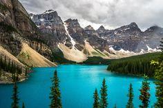 Cloudy day @Lake Moraine @Banff National Park, Canada