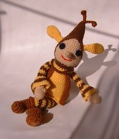 hekkagurumi: Futrinka utcai kitérő - amigurumi, horgolt babák, bubák Amigurumi Toys, Crochet Patterns Amigurumi, Ladybug Costume, Crochet Rabbit, Tigger, Free Pattern, Diy And Crafts, Dinosaur Stuffed Animal, Bunny