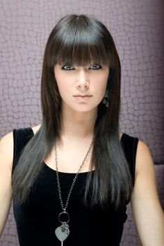 Straight Hairstyles With Bangs For Long Hair Unique Hairstyles, Latest Hairstyles, Hairstyles With Bangs, Straight Hairstyles, Girl Hairstyles, Bangs Hairstyle, Hair Bangs, Layered Hairstyles, Celebrity Hairstyles