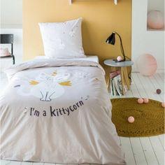Návliečky na posteľ s mačičkou KITTYCORN Comforters, Blanket, Bed, Furniture, Home Decor, Creature Comforts, Quilts, Decoration Home, Stream Bed