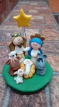 Polymer Clay Figures, Polymer Clay Creations, Polymer Clay Crafts, Christmas Nativity Scene, Christmas Makes, Christmas Time, Polymer Clay Christmas, Nativity Crafts, Clay Ornaments