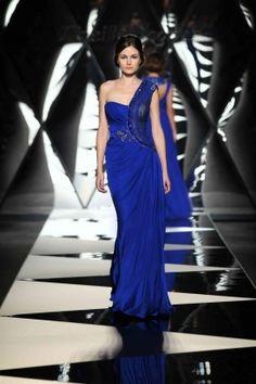 فستان من الشيفون الازرق