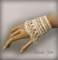 Free shipping.Wedding Jewelry.Beige  beaded cuff  bracelet