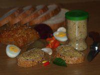 PAPRIKOVÁ POMAZÁNKA PIKANT | Mimibazar.sk Meatloaf, Grains, Rice, Food, Red Peppers, Meat Loaf, Meal, Eten, Meals