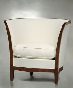 Art deco chair with a subtle, yet sensual curve. Perfect for posing!