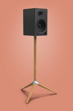 Trio - Speaker Stand (Simon Chalk) https://www.pinterest.com/0bvuc9ca1gm03at/