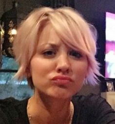 if i ever go really short again- Punk Hair Short Short Hair Cuts For Women, Short Hair Styles, Really Short Hair, Crop Hair, My Hairstyle, Hairstyle Ideas, Pixie Haircut, Great Hair, Hair Today