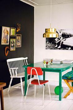 Keltainen talo rannalla: Väriä, vintagea ja rustiikkia
