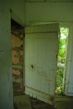 Great door! This one in Kentucky 1795