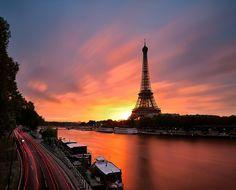 Sounset in Paris