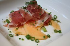 Delicious starter of Parma Ham and melon slices. Super quick to prepare, but you do need to allow for soaking time overnight.  Parma Ham and Melon Slices Soaked in Ginger Beer