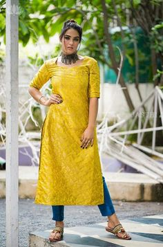Dress Indian Style, Indian Wear, Indian Outfits, Kurta Patterns, Churidar Designs, Indian Designer Suits, Saree Blouse Designs, Kurtis, Anarkali