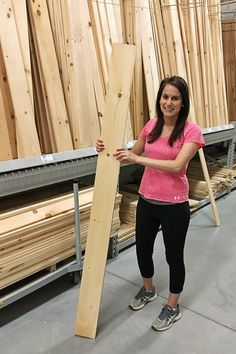 Woodworking for Beginners: 6 Easy Tips to Get Started - Angela Marie Made - A simple and quick guide to woodworking for beginners. Here are 6 easy tips you need to know to get started with woodworking and start building DIY furniture and projects! Woodworking For Kids, Woodworking Patterns, Woodworking Workbench, Woodworking Workshop, Easy Woodworking Projects, Popular Woodworking, Woodworking Techniques, Woodworking Furniture, Woodworking Shop