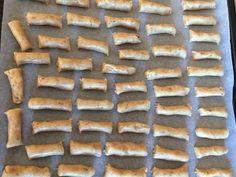 Osho, Quotes French, Cookie Jars, Muffin, Cookies, Baking, Recipes, Mahatma Gandhi, Dalai Lama