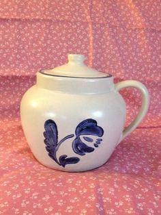 PFALTZGRAFF YORKTOWNE Bean Pot w/ Lid One Handle Gray w/ Blue Flowers Floral 70 #Pfaltzgraff #BeanPot #YorkTowne