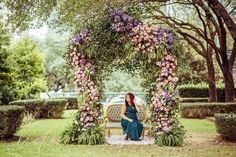 Haute Floral extravaganza by Liz Franco Photography!  Yvette settee by Rent My Dust