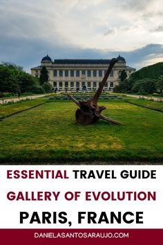"Are you planning a visit to the Gallery of Evolution, part of the National Museum of Natural History in Paris? Then you really have to consult this ""Gallery of Evolution Travel Guide"", with all the essential information about times, prices and accesses, as well as the best tips and suggestions for a more optimized visit. You can also find a list with recommendations about the other galleries and museums in Jardin des Plantes, including a brief description and photos."