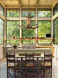 Lovely kitchen, great windows