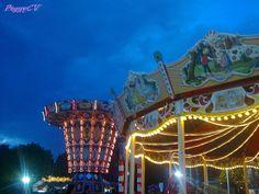 Xmas carousel and a blue-blue sky! Bright Spring, Seas, Carousel, Fair Grounds, Photos, Blue, Travel, Pictures, Viajes
