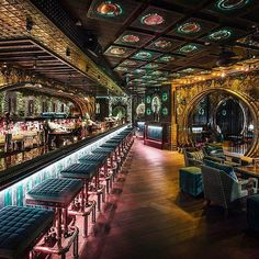 #BaresDelMundo el llamativo @opheliahongkong en #China - - - - - #Bar #Bares #Alcohol #Drinks #Bars #Salud #Slainte #Kanpai #Cheers #Cocktail #Cóctel #Cocktail