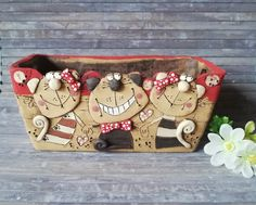 Bottle Garden, Coin Purse, Crafts, Material, Pottery, Home, Handmade Pottery, Animal Themes, Pottery Ideas