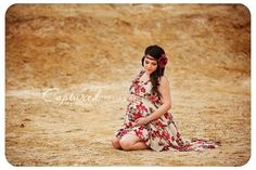 maternity - flower child (link to confessions of a prop junkie and be inspired: maternity photos)