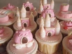 <3 pink fairytale cupcakes for little girls' tea party!