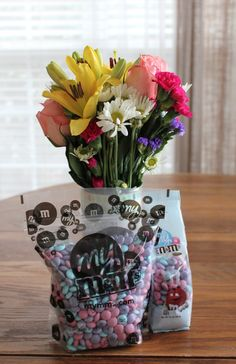 If you're looking for a unique Mother's Day gift idea this year, MY M&M'S might be a really fun idea — especially for the chocolate lover in your life! MY M&M's gifted me a box of personalized M&M's, and our family loved them! Click through to get a special coupon code for MY M&M'S, plus enter the giveaway for one of five $100 gift certificates! #MySweetStory #MothersDay @mymms